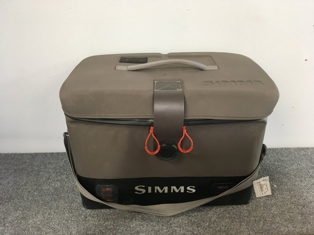 Keep your gear safe and dry on the boat with Simms Dry Creek boat bag! The bag is 40L and is completely waterproof. Retail for the Dry Creek is listed at $250 but we got you covered at $114!