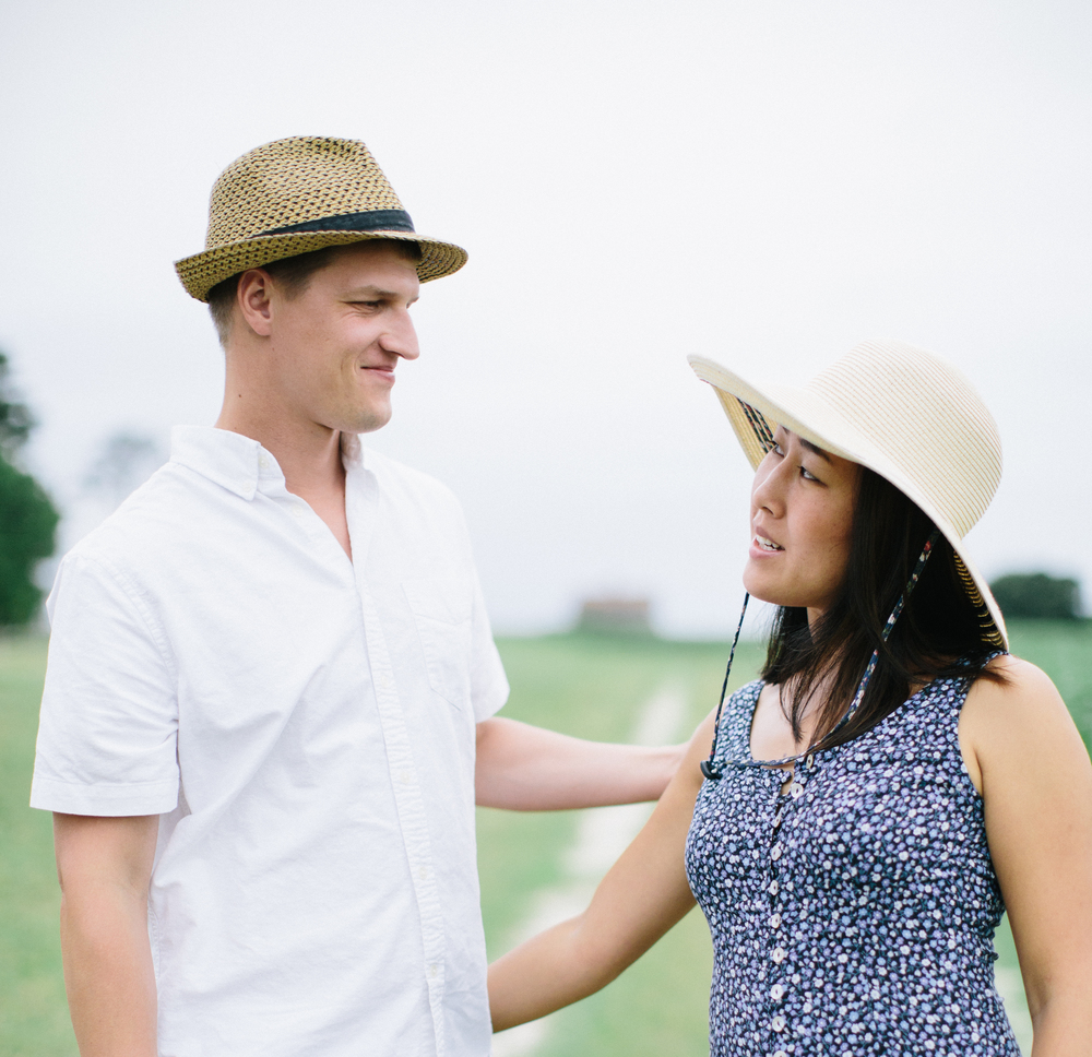 Lauren + Alex: engaged! | Hayes Plantation, Edenton, NC | Merritt Chesson Photography
