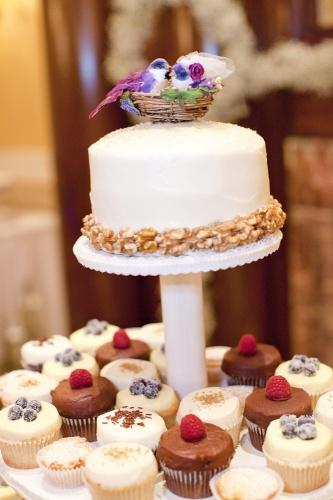 holly_cake_.jpg