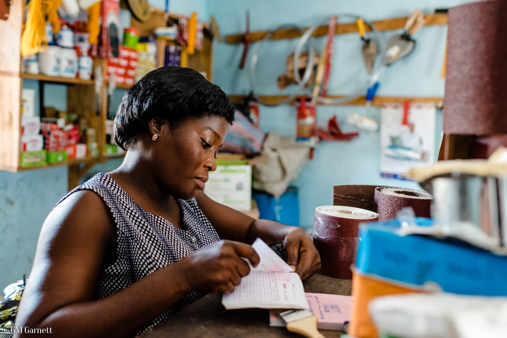 Chantal Sika, 33, didn't go to school and can't read or write. She owns a succesful hardware store in Lome, Togo (serving approximately eight customers every 45 minutes). Through a system she developed herself, she can visually reconigse when enough money is enough.