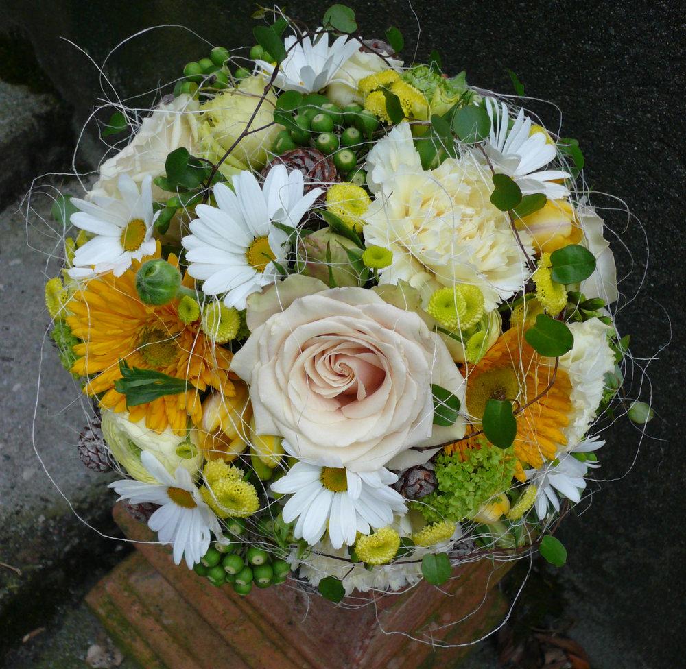KLRundvolle Blüte... (2).jpg