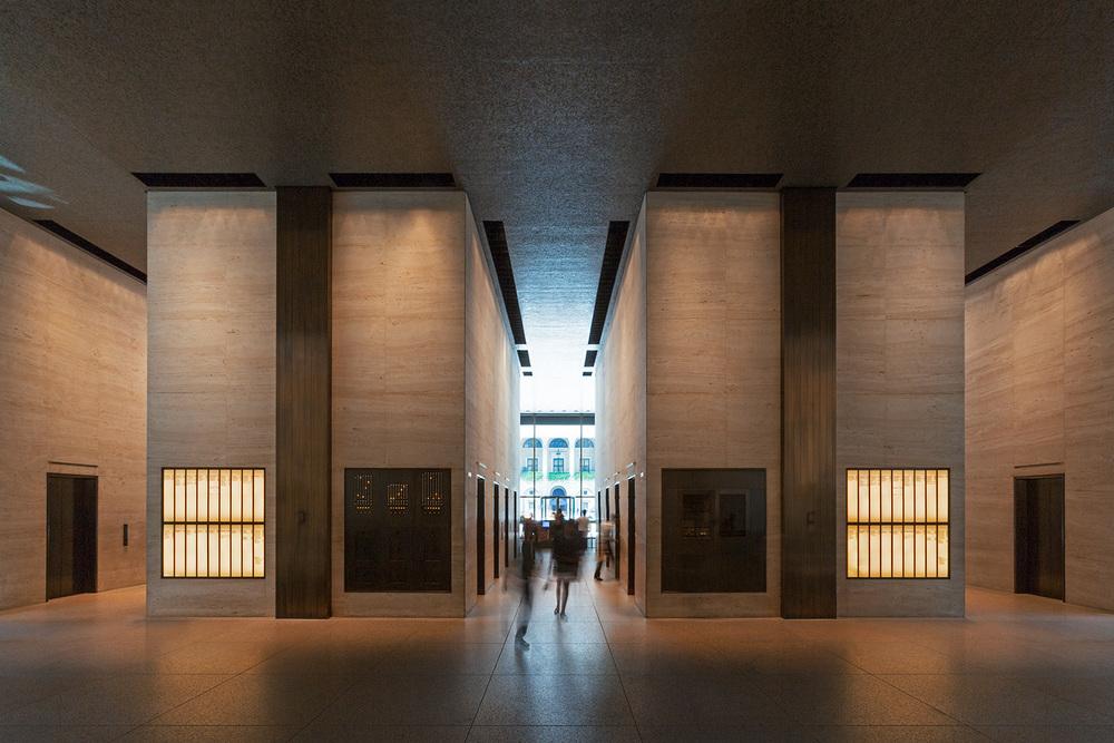 Seagram Building / Mies van der Rohe / New York NY