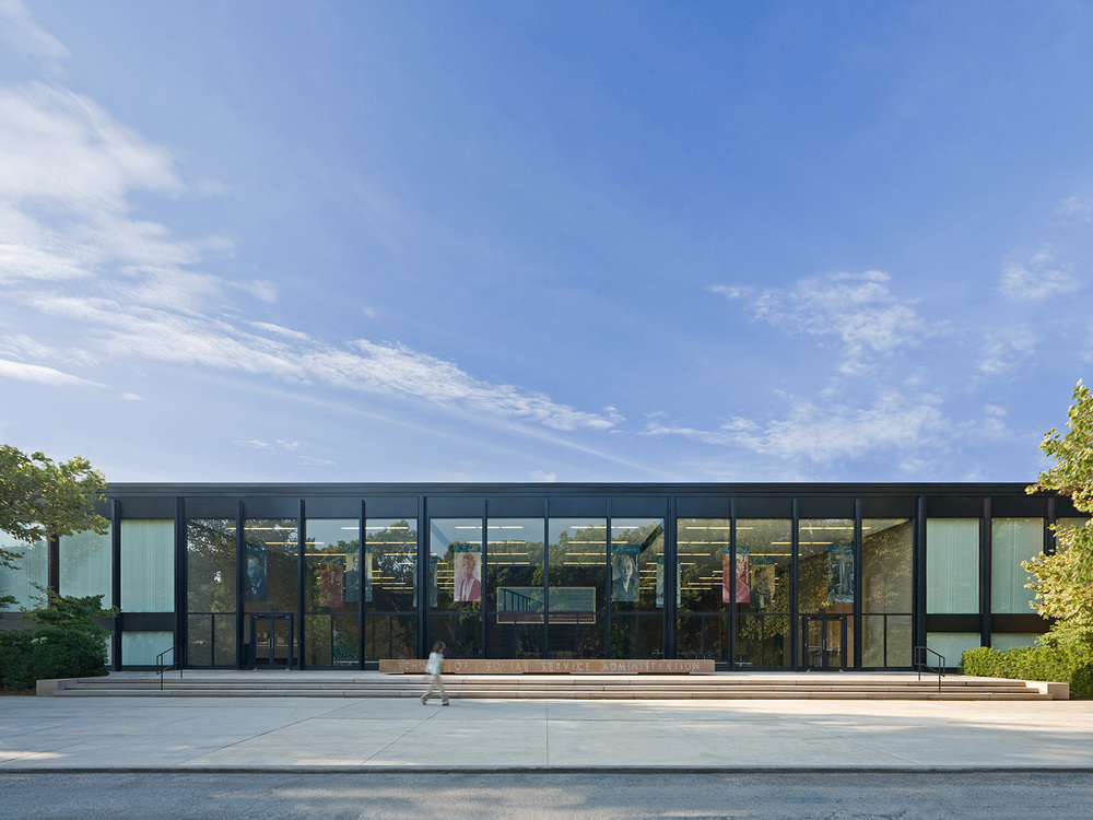 School of Social Service Administration / University of Chicago / Mies van der Rohe