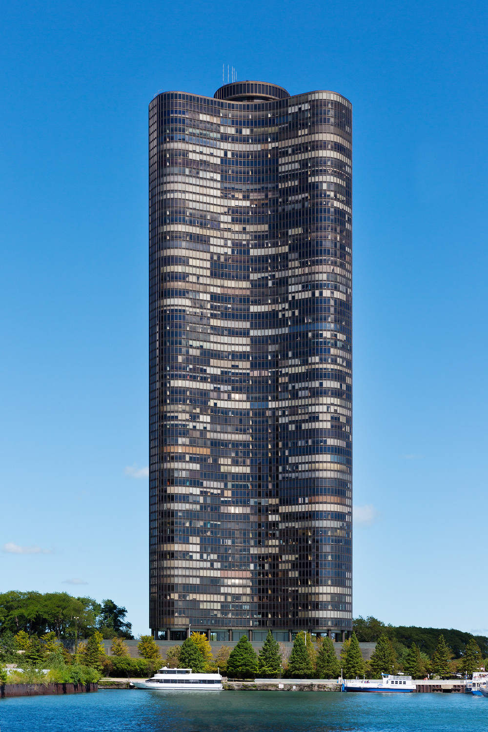 Lake Point Tower / Chicago IL / Schipporeit-Heinrich Architects