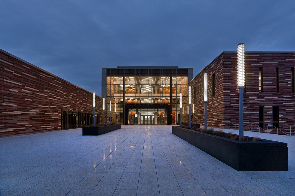 Solorio Academy High School / Chicago IL / John Ronan Architects