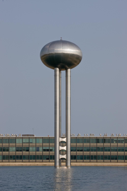GM Tech Center / Eero Saarinen / Warren MI