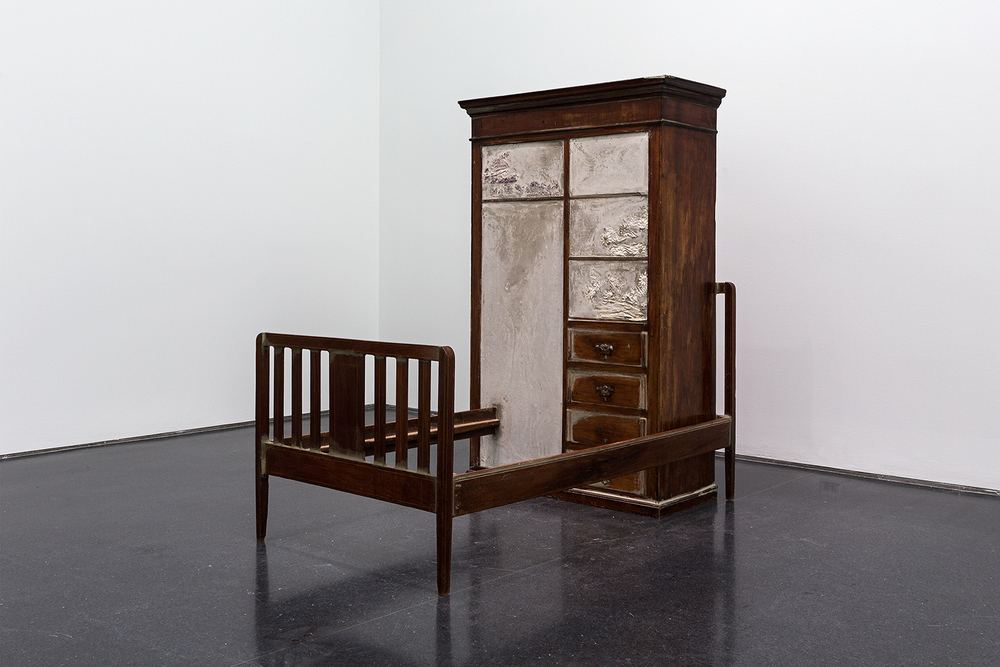 Doris Salcedo: Museum of Contemporary Art / Chicago IL