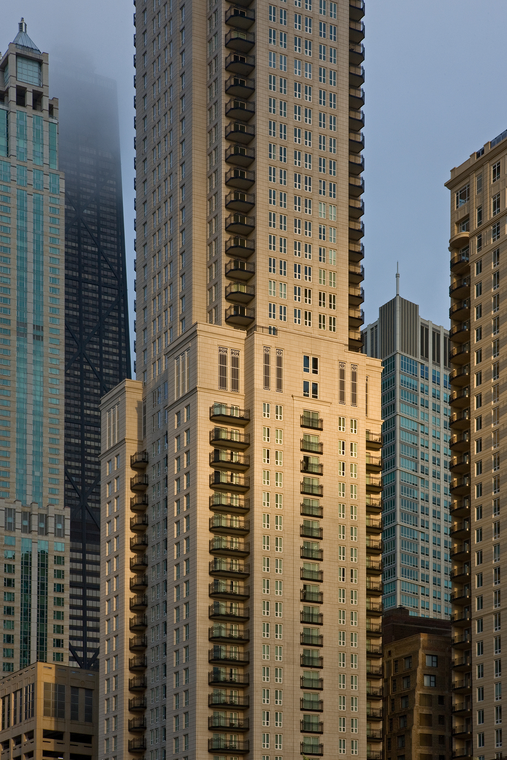 Waldorf Astoria Hotel and Residences / Chicago / Lucien Lagrange