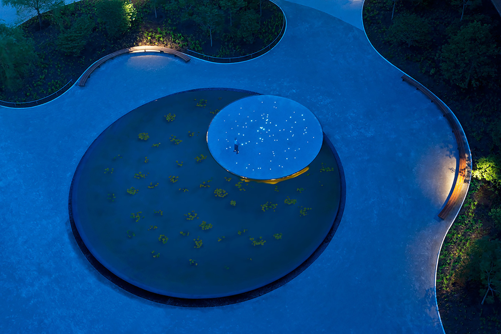 Ellen S. Clark Hope Plaza / Maya Lin / 2010
