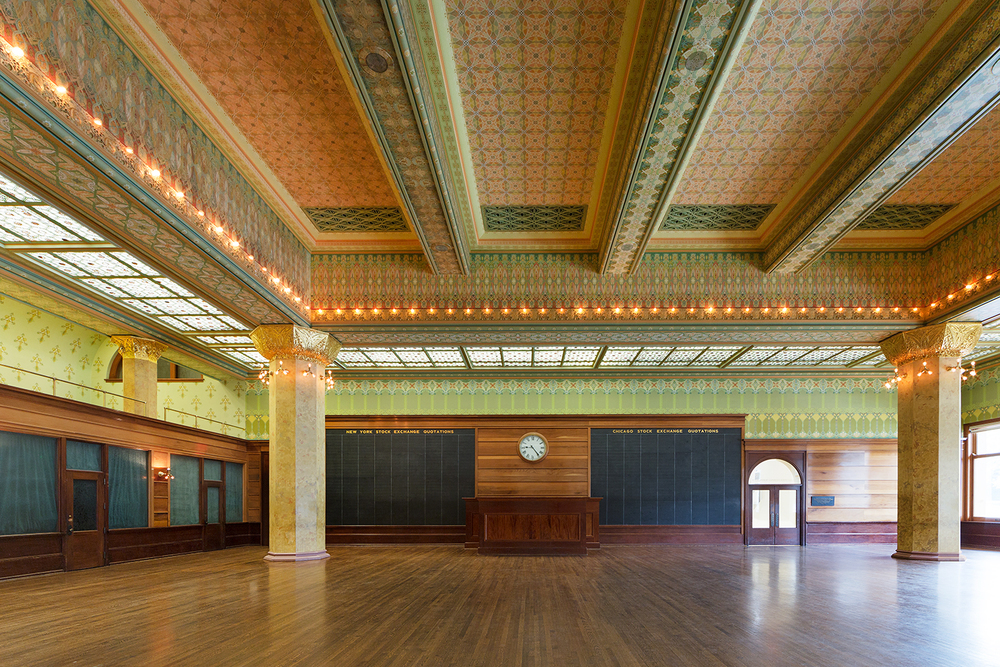 Art Institute of Chicago / Chicago Stock Exchange Trading Room / Adler & Sullivan / Restoration by John Vinci