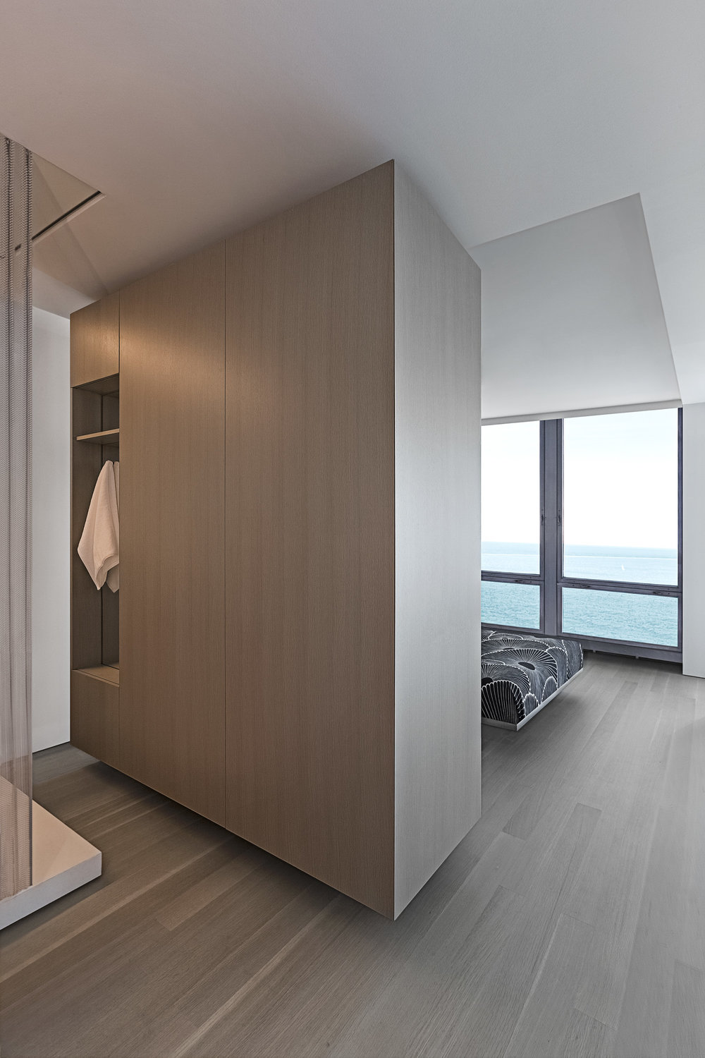 9 C / 880 North Lake Shore Drive / Chicago IL / Vladimir Radutny Architects