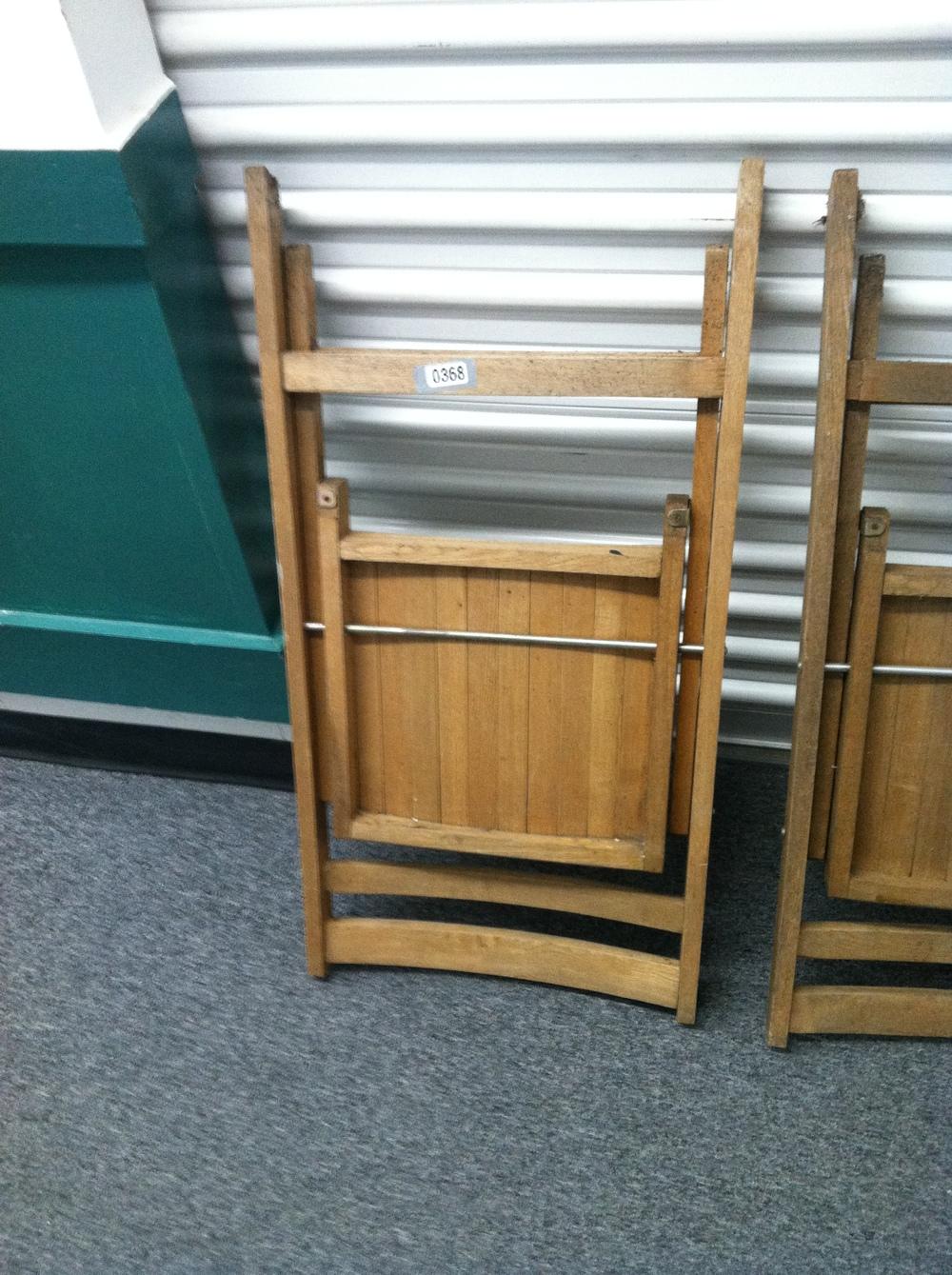 0368: Wood Folding Chair