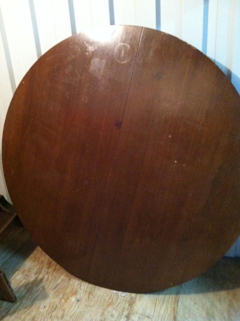 0458: Circular Wood Table Top