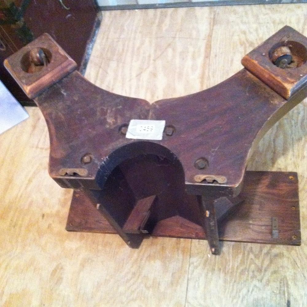 0459: Wood Table Base