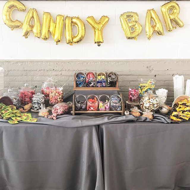 Is it really a Halloween themed wedding if there is no candy? 🎃. . . . .#candybar #favors #weddingprep #weddinginspo #reception #allthesweets @thevenuereport @theknotpro @allseated @theknot @weddingwire