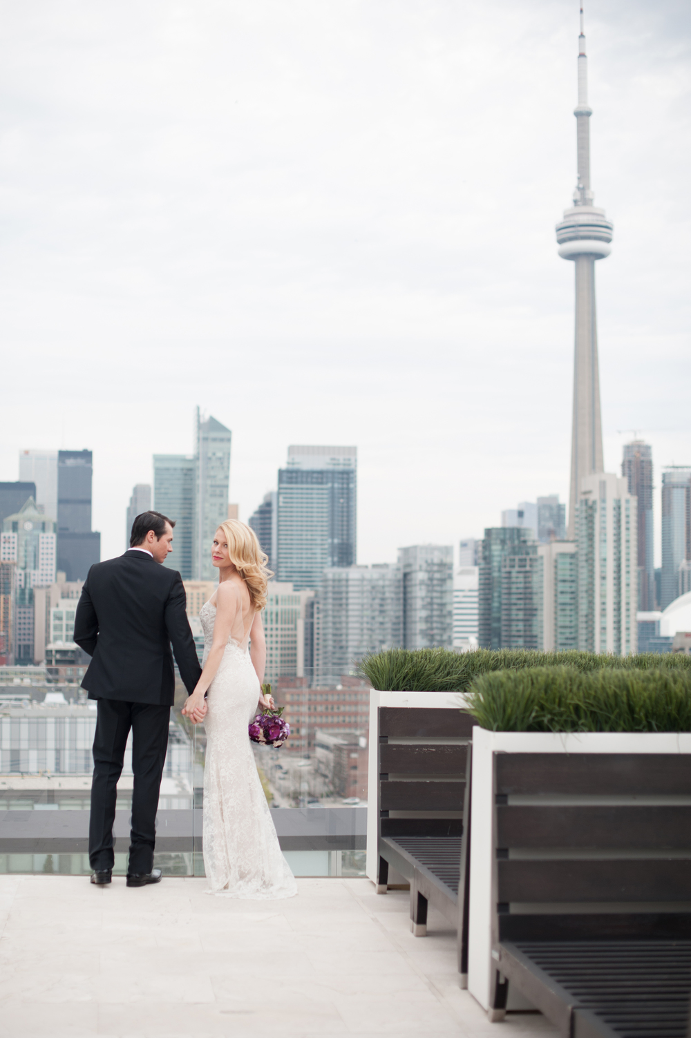 ThompsonHotel_modern_wedding_toronto-100.jpg