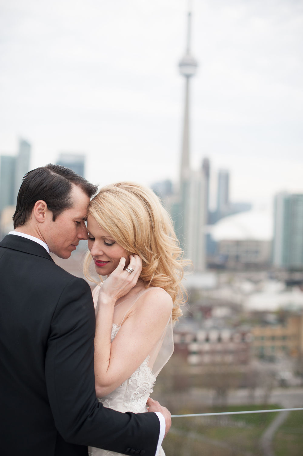 ThompsonHotel_modern_wedding_toronto-103.jpg