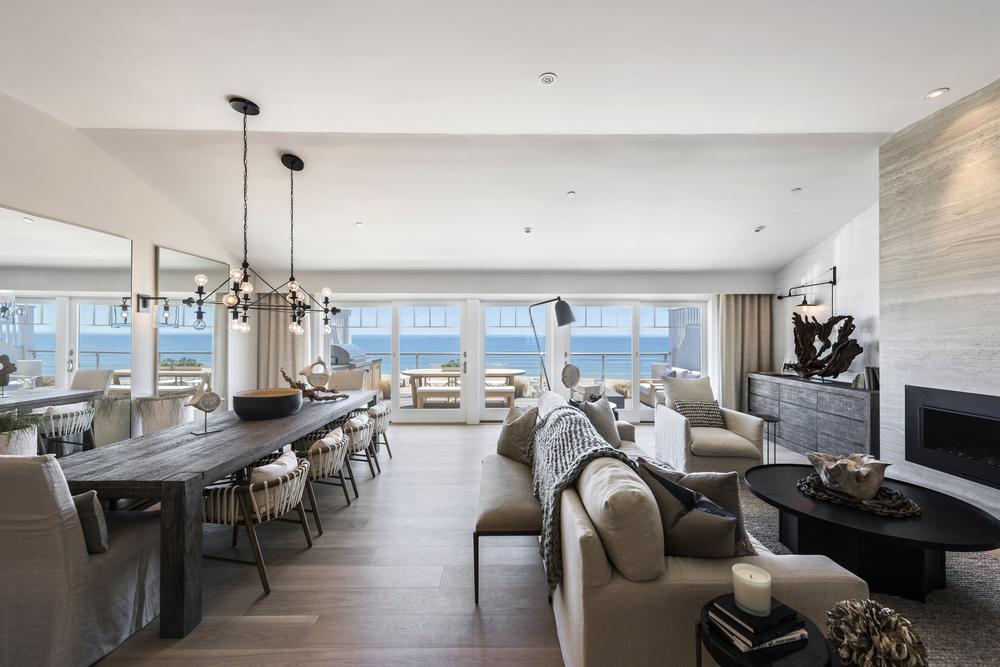 SS5- 25- Living room & Dining.jpg
