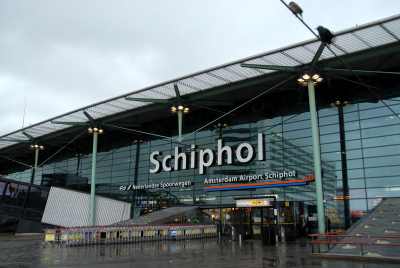 Amsterdam_Airport_Schiphol_Front.jpg