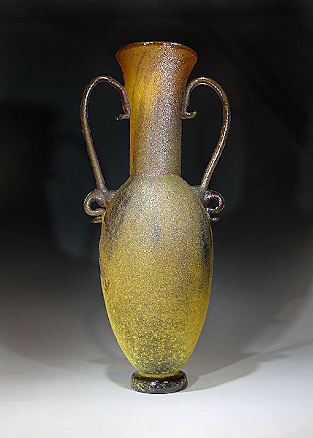 Amphora 13x5x5.jpg