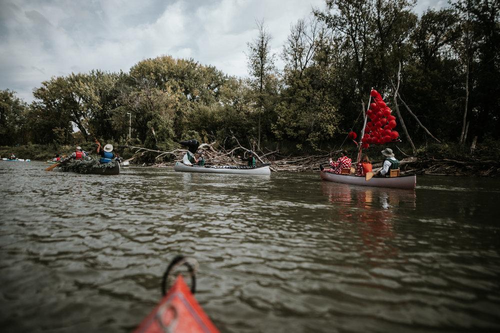 canoeparade-6186.jpg