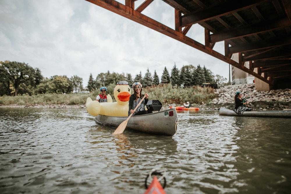 canoeparade-6259 (1).jpg