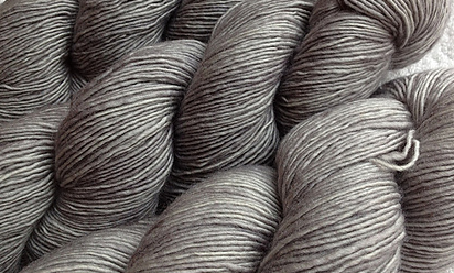 June 2012 Tosh Merino Light Astrid Grey