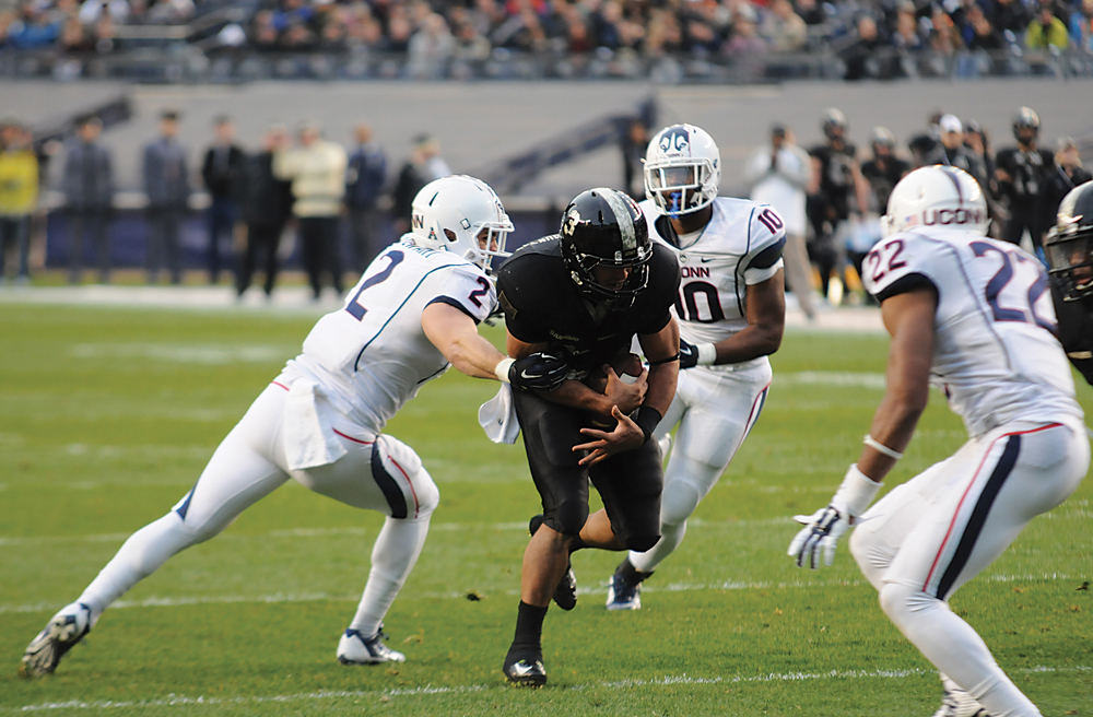 The Huskies will face the Black Knights once again on Saturday afternoon. The above photo is from last year's game on Nov. 8, 2014 against Army, in which the Huskies were defeated 35-21. (File Photo/The Daily Campus)
