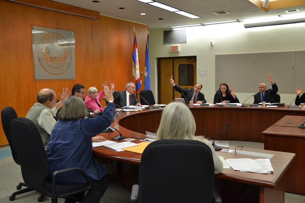 The Mansfield Town Council passed an ordinance Monday night to ban fracking waste and its byproducts after nearly two months of discussion and deliberation. (Amar Batra/The Daily Campus)