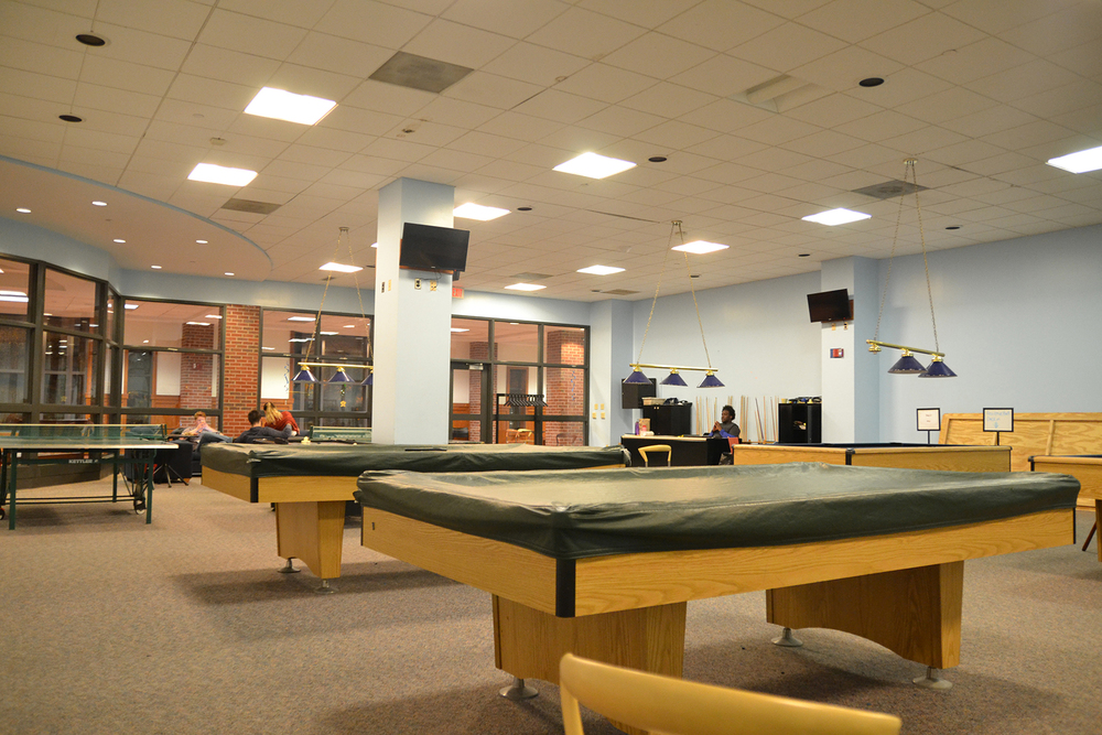 The South Campus game room has had a sporadic schedule, reportedly due to student worker illnesses. (Jason Jiang/Daily Campus)