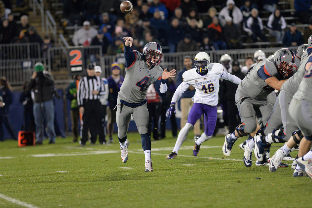 Quarterback Bryant Shirreffs steps into a pass during UConn's 31-13 victory over ECU on October 30, 2015. Shirreffs will lead the Huskies against Tulane on Saturday. (Ashley Maher/The Daily Campus)