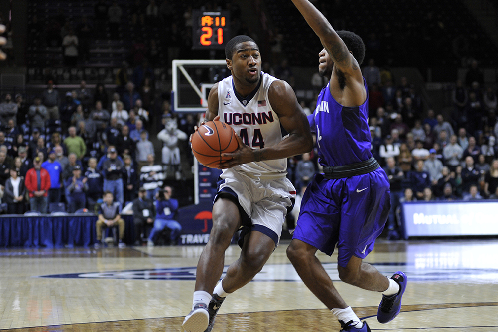 UConn men's basketball guard Rodney Purvis drives down the lane during the Huskies' game against Furman at Gampel Pavilion in Storrs, Connecticut on Saturday, Nov. 21, 2015. (Jason Jiang/The Daily Campus)