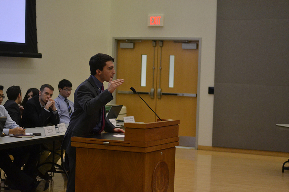 Steven Porcello, USG Funding Board chair, discusses changes to Funding Board policy implemented for the spring 2016 semester at the Jan. 20 meeting. (Rebecca Newman/The Daily Campus)