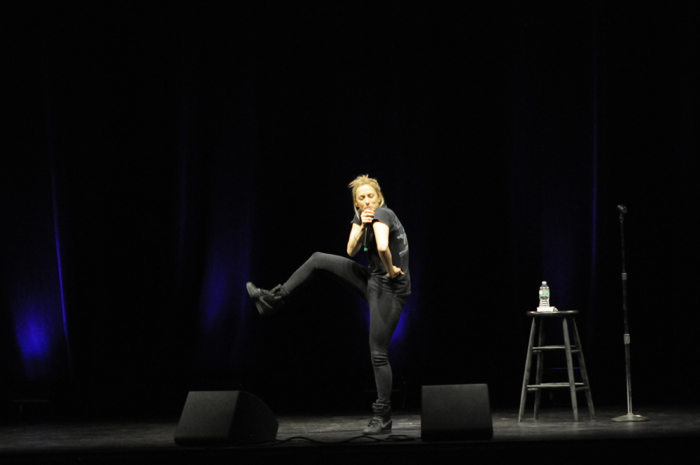 Iliza Shlesinger connected with the Jorgensen crowd by asking about the UConn chant and pointing out how much better it was than the chant at the University of Arkansas. (Rebecca Newman/Daily Campus)