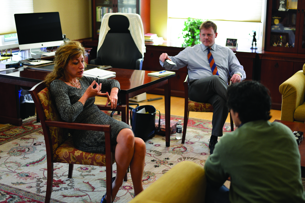 President Susan Herbst holds office hours to answer students' questions on Oct. 21, 2015 (Jason Jiang/The Daily Campus)