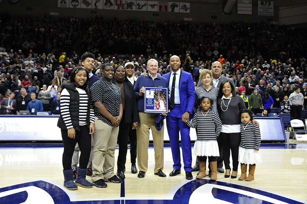 Caron Butler was inducted into the Huskies of Honor on Saturday Feb. 13, 2016. (Jason Jiang/The Daily Campus)