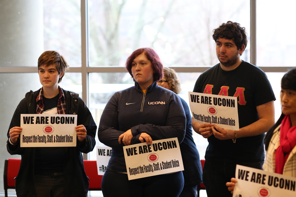 UConn students attend the AAUP rally on Feb. 24 in the Student Union to show support for faculty. (Jackson Haigis/The Daily Campus)