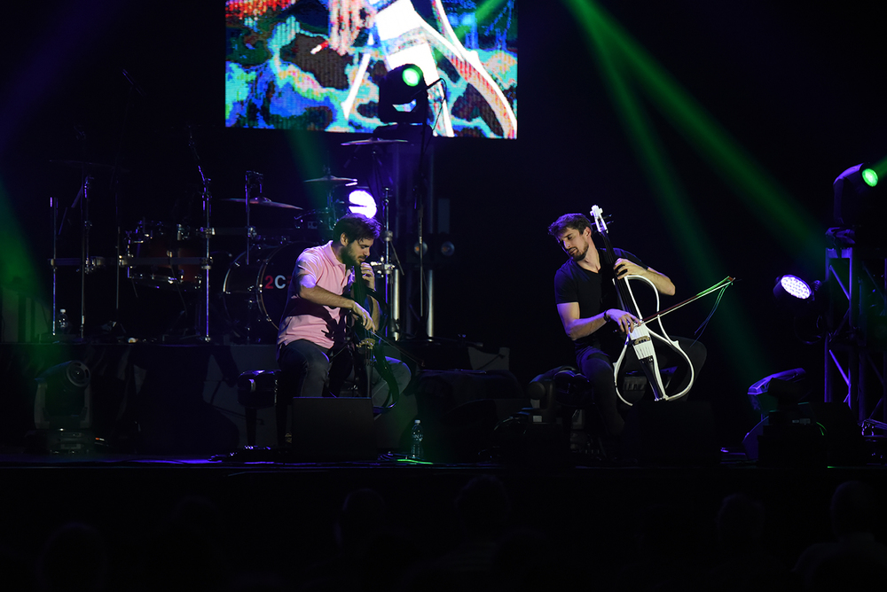 The famous classical rock music group, 2Cellos performed at the Jorgensen Center of Performing Arts Wednesday night, attracting people from all over the CT and had tickets sold out. Seats were fully booked. (Zhelun Lang/The Daily Campus)