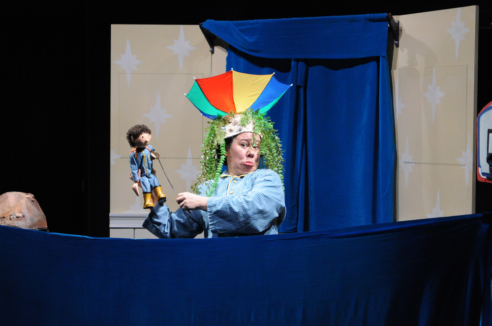 "Award-winning puppeteer Faye Dupras performs during a showing of ""The Great Red Ball Rescue"" at the Ballard Institute and Museum of Puppetry in Storrs, Connecticut on Saturday, March 5, 2016. (Matthew Zabierek/The Daily Campus)"