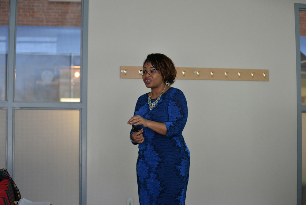 Quinnipiac political science professor Khalilah Brown-Dean speaks during her lecture on voting trends in the UConn Student Union in Storrs, Connecticut on Thursday, March 24, 2016. (Amar Batra/The Daily Campus)
