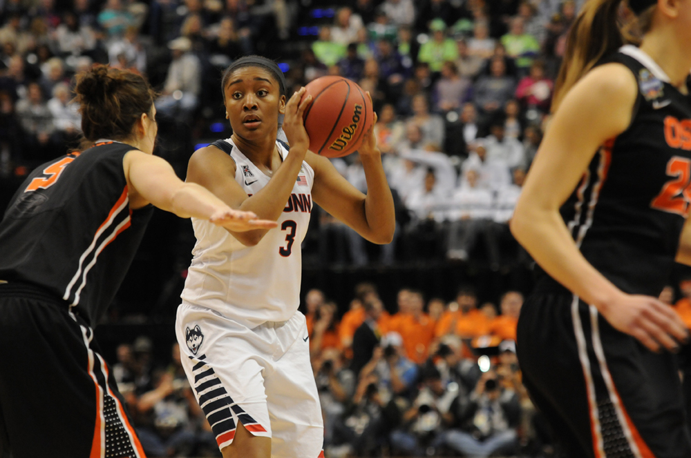 Morgan Tuck looks to make a play during UConn's Final Four game against Oregon State. Tuck will forego her senior season and has declared for the WNBA Draft. (Bailey Wright/The Daily Campus)
