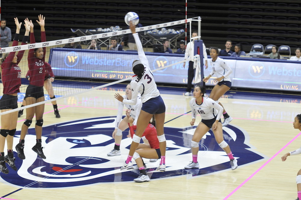 UConn Volleyball played Temple University on Oct. 14, 2015. UConn won 3 set to 2 sets. (Amar Batra/The Daily Campus)