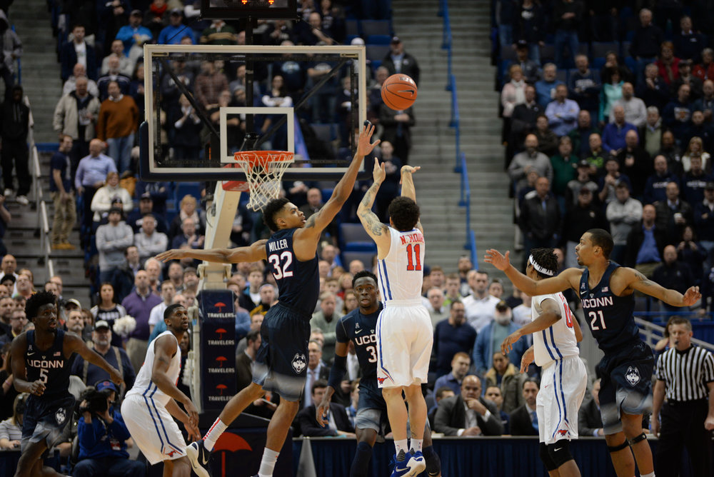 UConn defeats SMU 68-62 at the XL Center in Hartford on Feb. 18, 2016. (Amar Batra/The Daily Campus)
