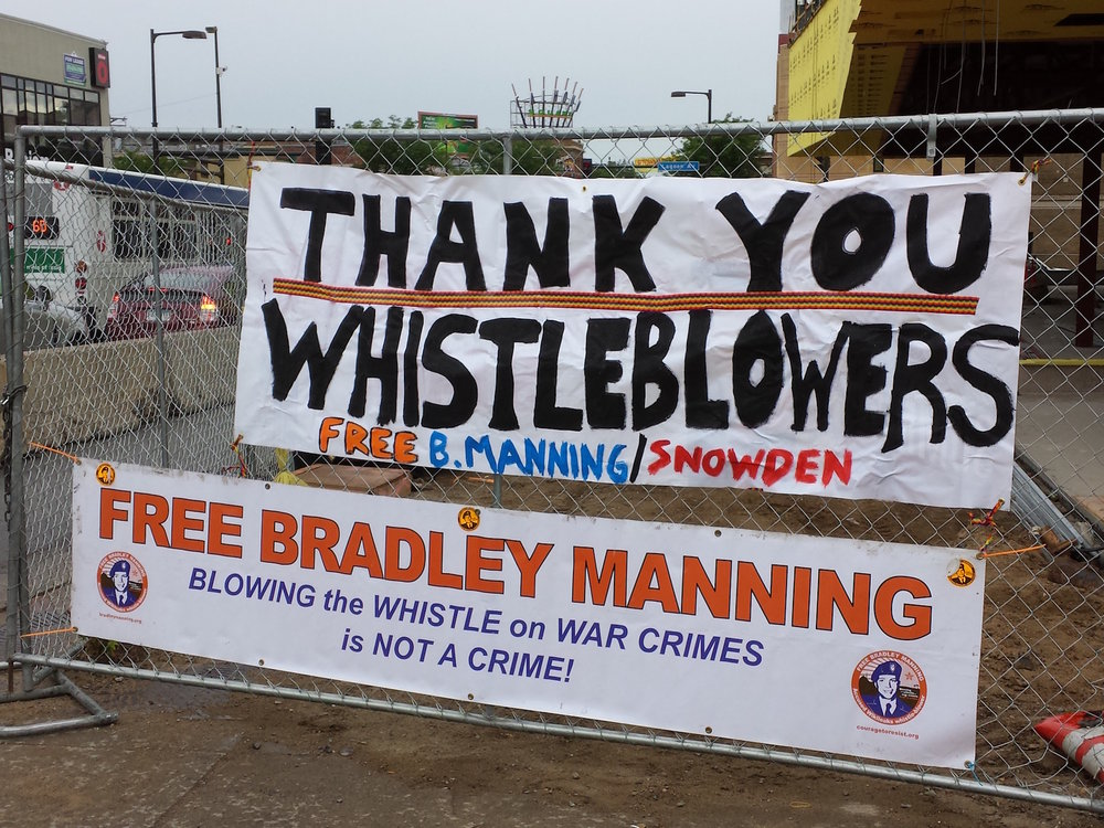Banners protest the treatment of Chelsea Manning. (Private Manning Support Network/Flickr Creative Commons)