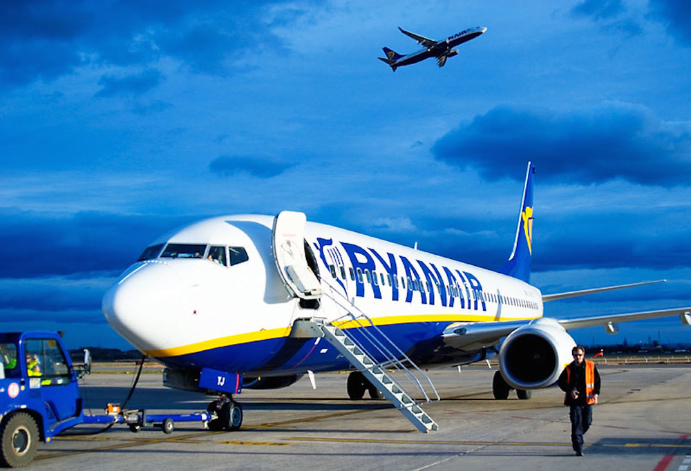 The Ryanair app gives students the opportunity to make traveling throughout Europe convenient and affordable. (Ferran Cerdans Serra/Flickr Creative Commons)