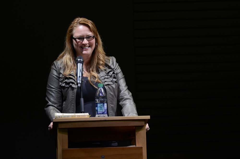 Author Heather Webb talks to UConn students about her writing process for her books and her views on writing at the Barnes and Noble in Storrs Center on Nov. 2, 2016. (Charlotte Lao/The Daily Campus)