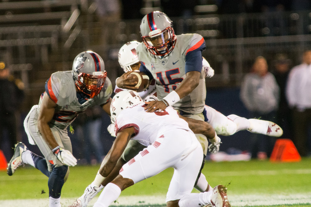 Freshman quarterback Donovan Williams (15) made his UConn debut in the Huskies' 21-0 loss to Temple on Nov. 4, 2016 at Pratt & Whitney Stadium at Rentschler Field. (Jackson Haigis/The Daily Campus)