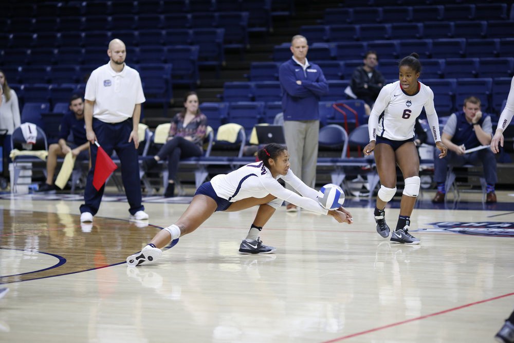 The Huskies defeated the East Carolina Pirates three sets to on in Gampel Pavilion on Friday, Nov. 11, 2016. The team lost their next game against the Cincinnati Bearcats 3-0 on Sunday afternoon. (Tyler Benton/The Daily Campus)