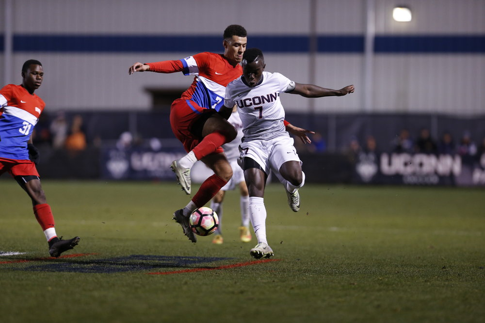 The Huskies took on SMU Saturday Night at Morrone Stadium. UConn took the lead in the first half with a diving header from Simen Olafsen. SMU came back to score a goal, and the game went into double overtime and ultimately ended in a tie 1-1. (Tyler Benton/The Daily Campus)