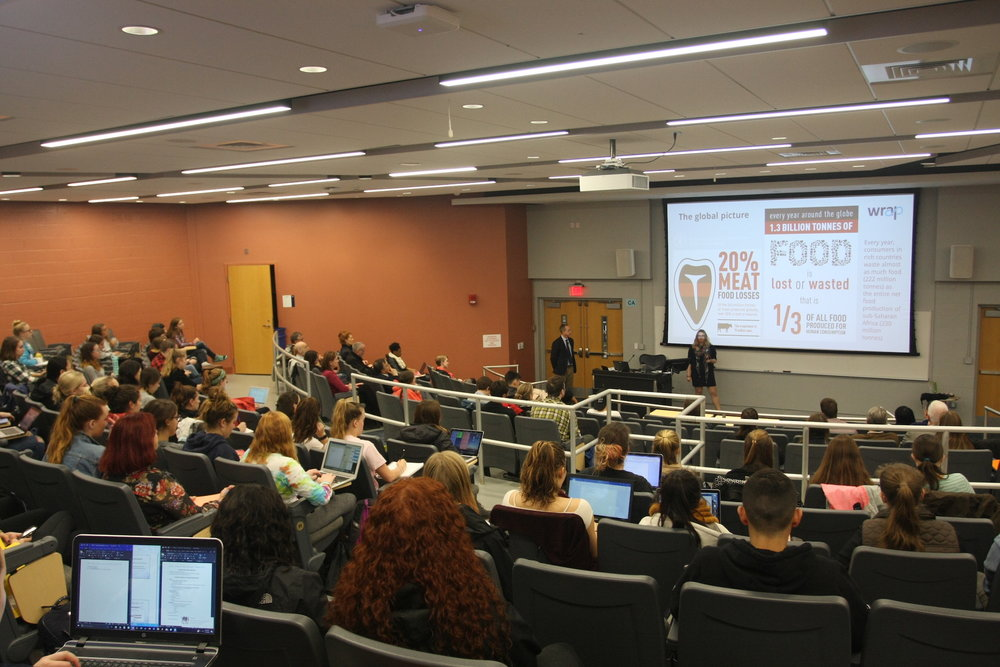 The Waste and Resource Action Program came to Andre Schenker Hall to talk about the statistics of food waste in Britain and in the United States to teach students how to make less waste. (Mingze Geng/The Daily Campus)